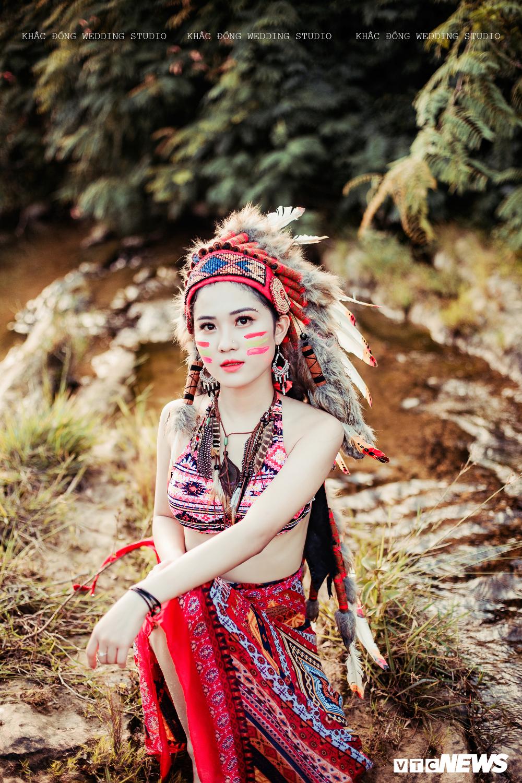 Cặp đôi Hà Tĩnh chụp ảnh cưới phong cách thổ dân đẹp rực rỡ Ảnh 9