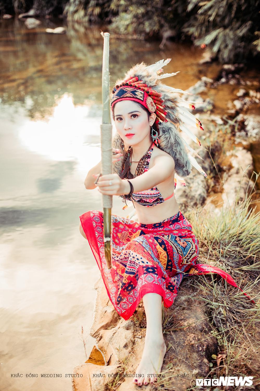 Cặp đôi Hà Tĩnh chụp ảnh cưới phong cách thổ dân đẹp rực rỡ Ảnh 13