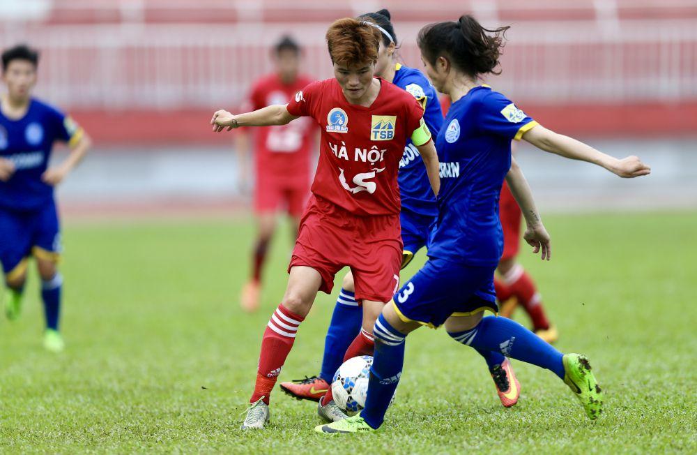 Giải bóng đá nữ VĐQG 2018: Hà Nội vững ngôi đầu, TP.HCM I đè bẹp TNG Thái Nguyên Ảnh 1