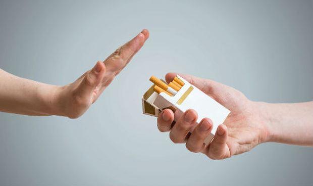 Tăng thuế thuốc lá: Giảm gánh nặng cho sức khỏe, kinh tế Ảnh 1