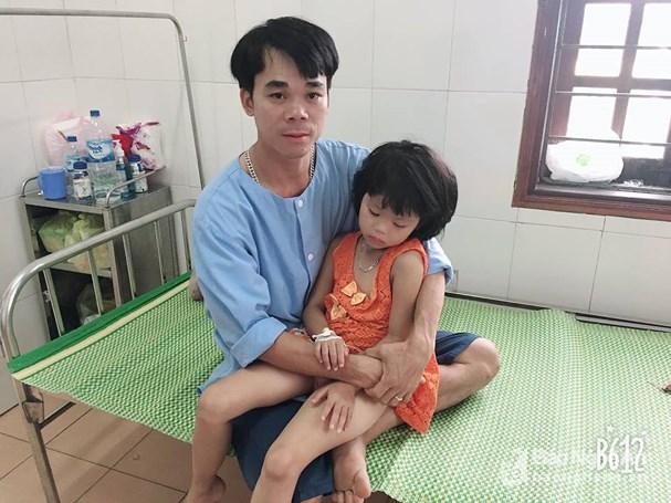 Nghệ An: Cứu sống bé gái 6 tuổi bị hóc đầu mẩu bút chì Ảnh 2