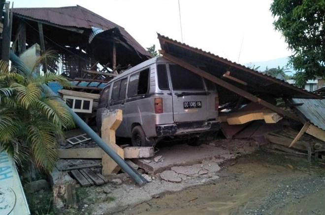 Những hình ảnh ám ảnh về thảm họa động đất, sóng thần ở Indonesia Ảnh 4