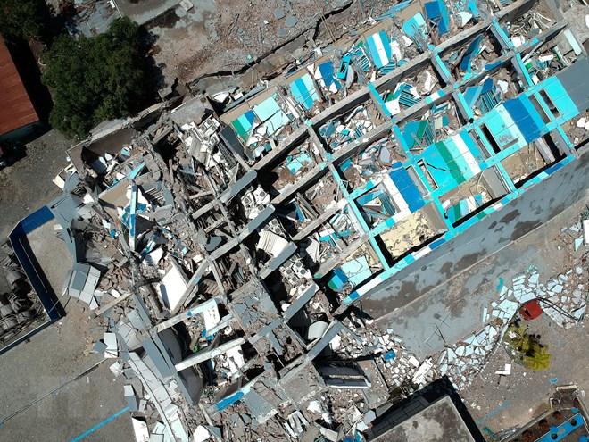 Những hình ảnh ám ảnh về thảm họa động đất, sóng thần ở Indonesia Ảnh 7