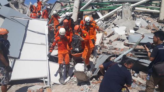 Indonesia nỗ lực khắc phục hậu quả sau thảm họa kép Ảnh 4