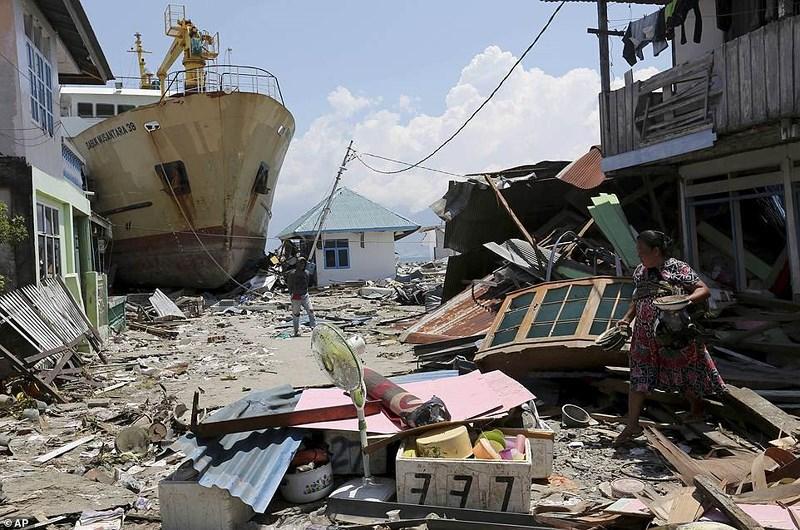 Thảm họa Indonesia: Số người chết tăng lên 1.407 người Ảnh 2