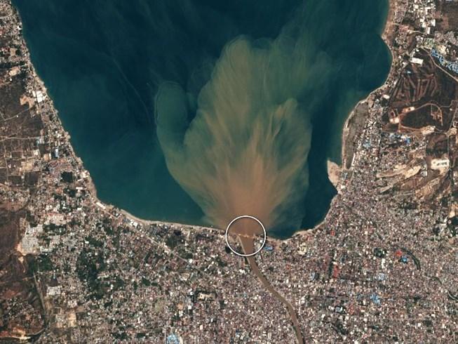 Chùm ảnh vệ tinh chụp Palu trước và sau động đất, sóng thần Ảnh 1