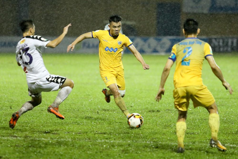 Công Phượng, Phi Sơn và đội hình sao gốc Nghệ khuynh đảo V.League Ảnh 4