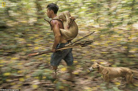 Ảnh hiếm về bộ tộc sắp bị tuyệt chủng trên Trái đất Ảnh 4