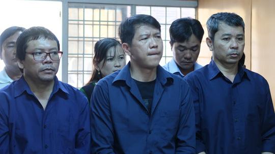 80 thanh tra, CSGT có thoát tội trong đường dây logo 'xe vua'? Ảnh 1