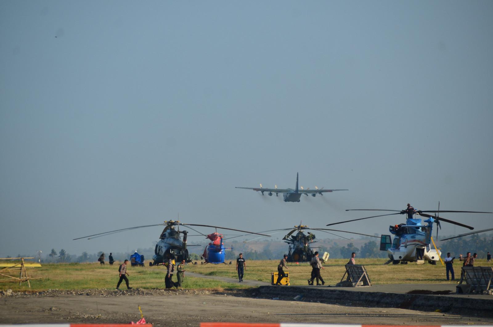 Thảm họa kép Indonesia: Ghi nhận của PV từ đầu cầu cứu trợ hàng không Palu Ảnh 5