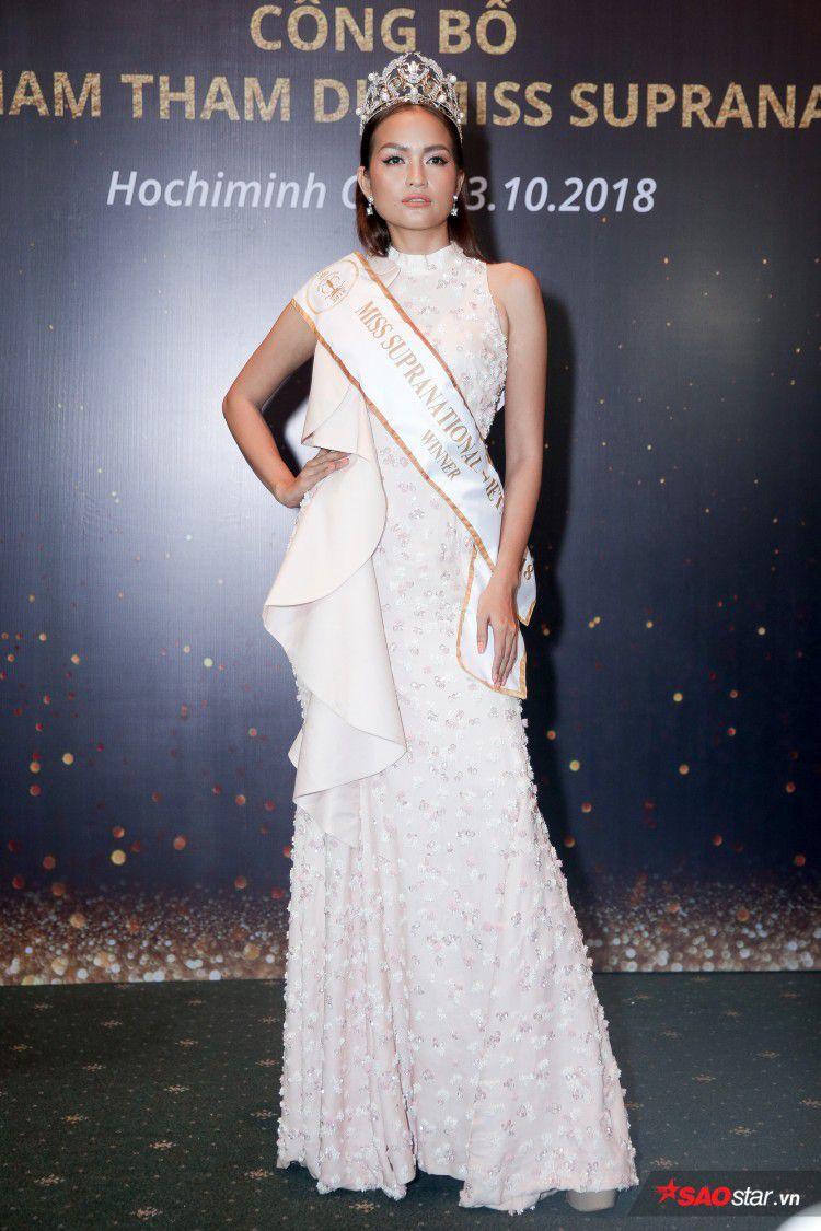 Minh Tú khoe chân thon, vòng một đầy đặn khi công bố mình là đại diện tại Hoa hậu Siêu quốc gia Ảnh 8