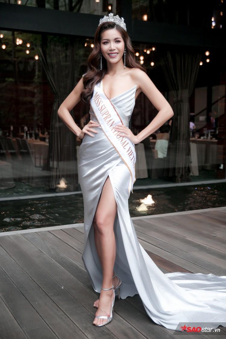 Minh Tú khoe chân thon, vòng một đầy đặn khi công bố mình là đại diện tại Hoa hậu Siêu quốc gia Ảnh 1