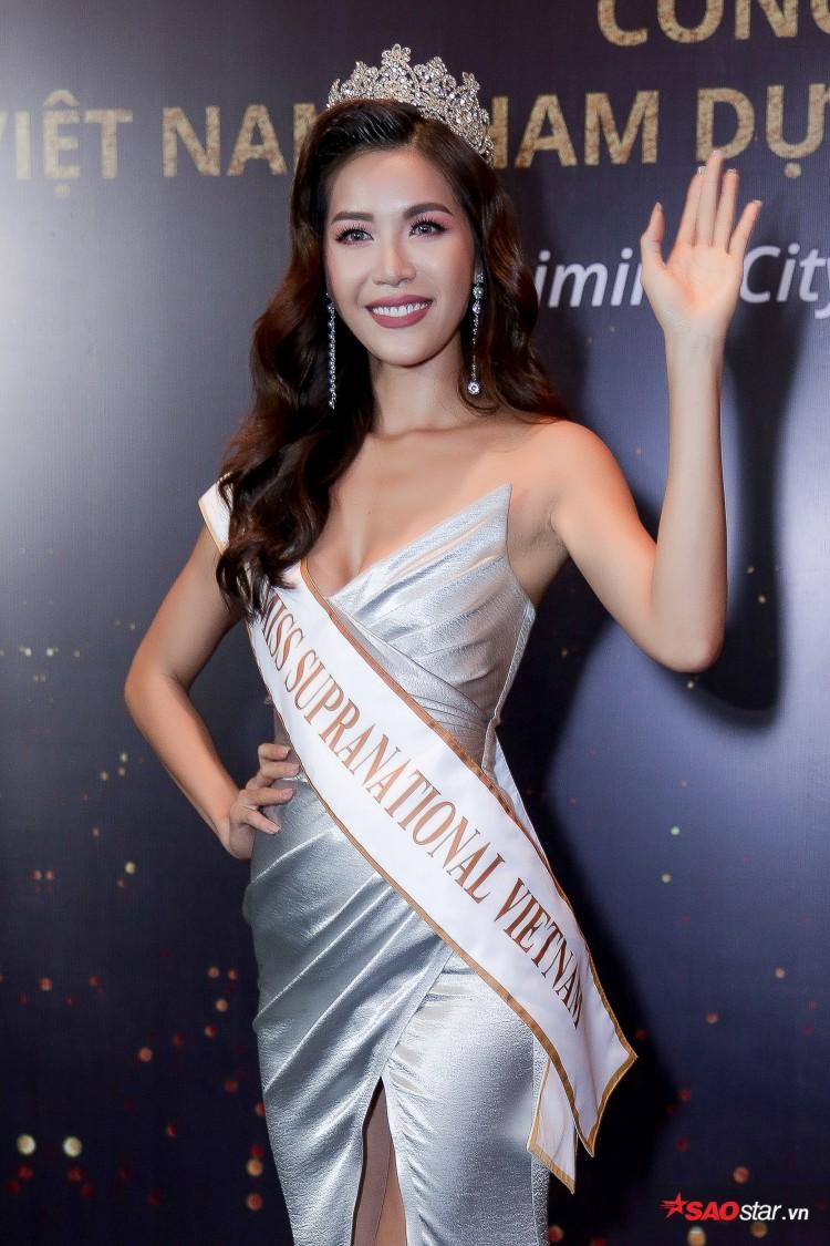 Minh Tú khoe chân thon, vòng một đầy đặn khi công bố mình là đại diện tại Hoa hậu Siêu quốc gia Ảnh 2