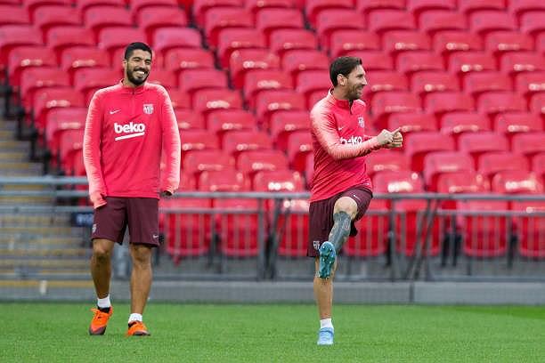 Messi-Suarez 'cặp kè' trên sân tập, sẵn sàng phá lưới Tottenham Ảnh 6