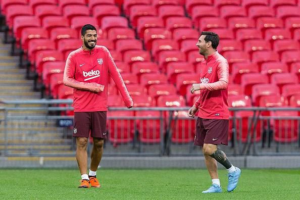 Messi-Suarez 'cặp kè' trên sân tập, sẵn sàng phá lưới Tottenham Ảnh 3