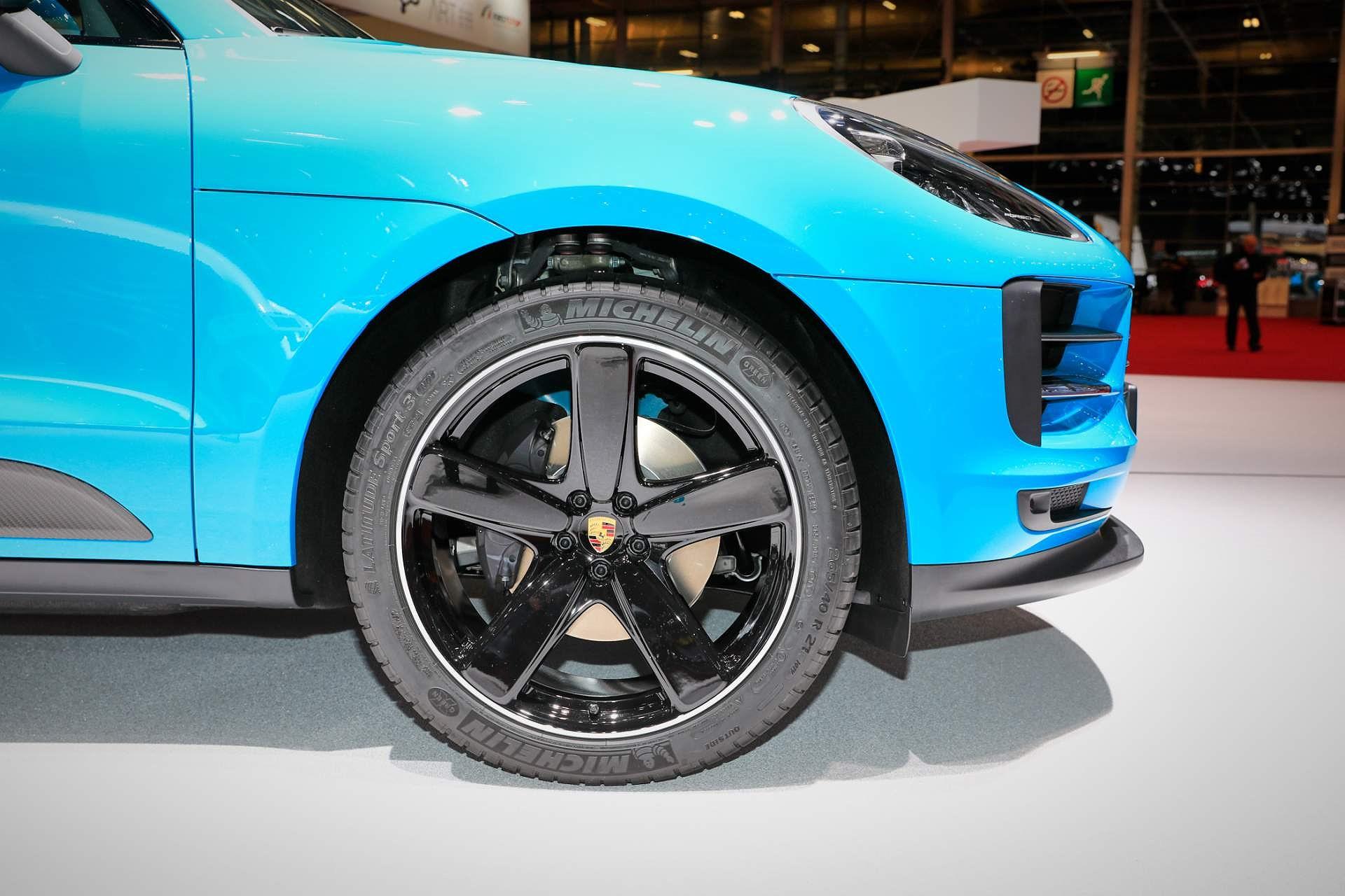 Porsche Macan ra mắt châu Âu với động cơ 242 mã lực Ảnh 9