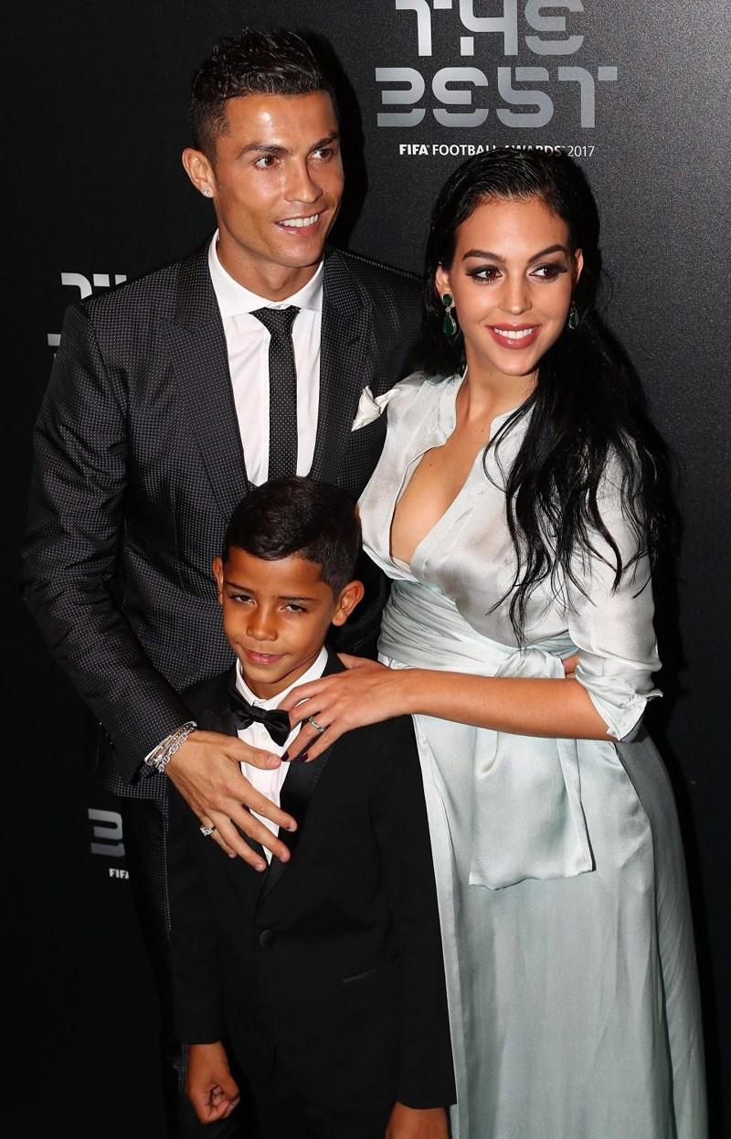 Sốc: Lộ diện nạn nhân thứ hai bị Ronaldo hiếp dâm Ảnh 5