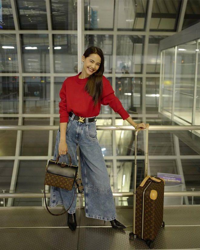 Yaya Urassaya được Vogue bình chọn là sao mặc đẹp nhất tại Louis Vuitton show Ảnh 16