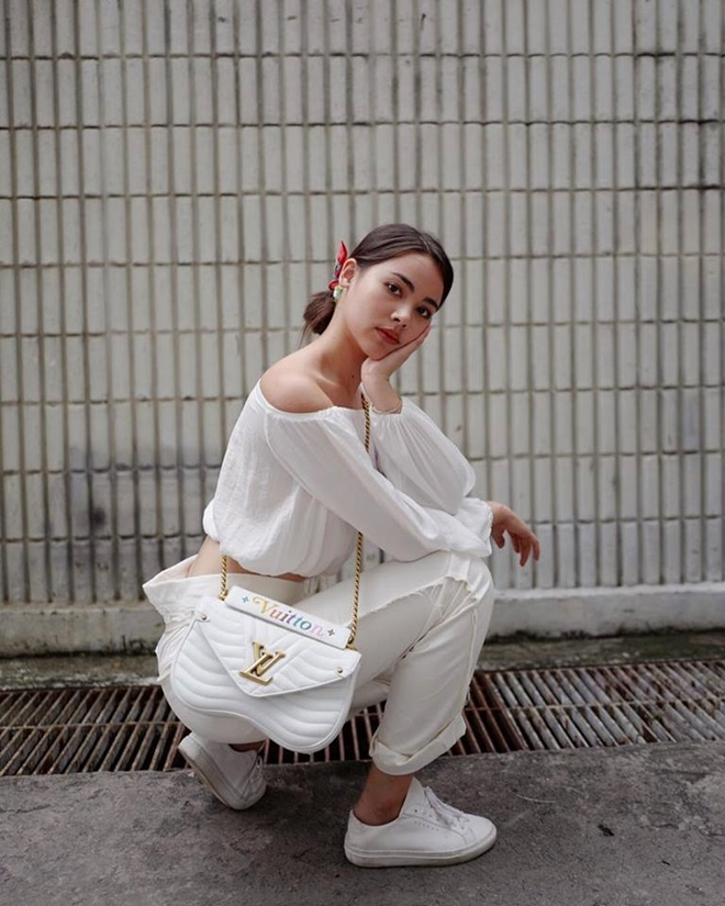 Yaya Urassaya được Vogue bình chọn là sao mặc đẹp nhất tại Louis Vuitton show Ảnh 12