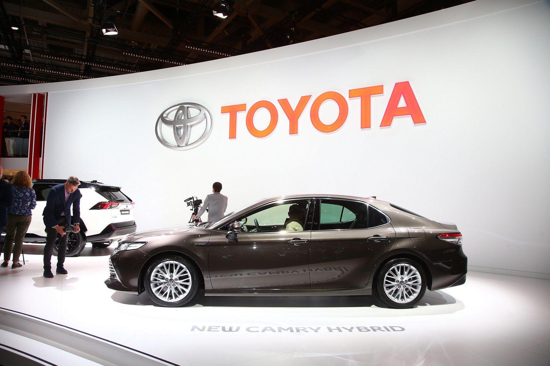 Toyota Camry Hybrid trở lại châu Âu sau 14 năm vắng bóng Ảnh 5