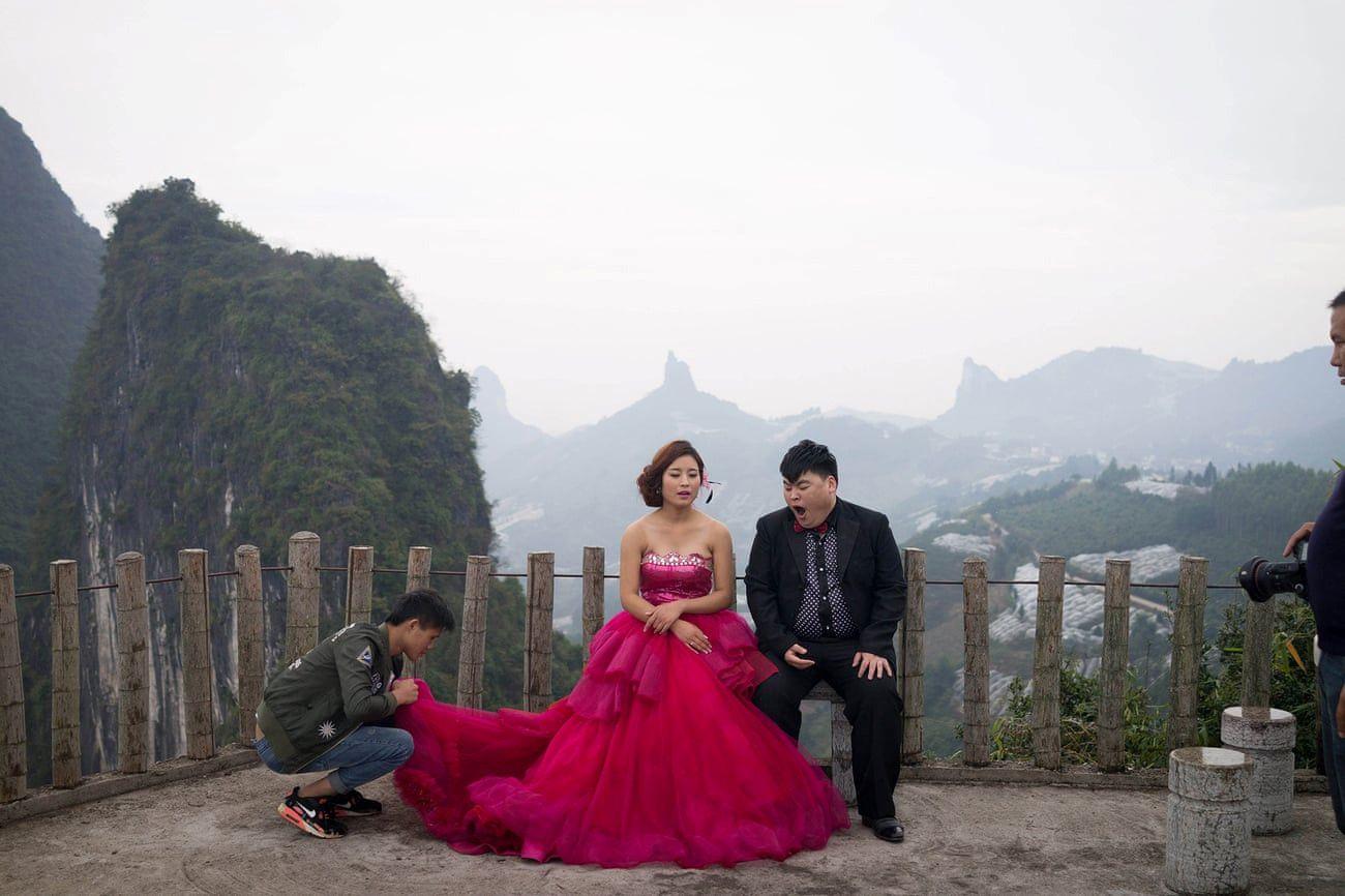 Mốt chụp ảnh cưới xa hoa và giấc mơ của các cặp đôi Trung Quốc Ảnh 12