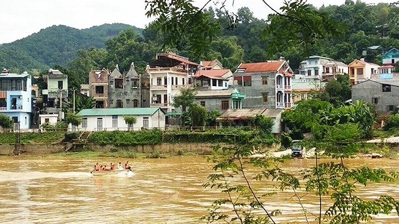 Bác sĩ giết vợ phi tang xác xuống sông, thi thể nghi trôi sang Trung Quốc Ảnh 2