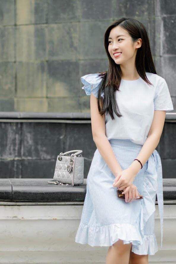 Hoa hậu Mỹ Linh nổi tiếng tiết kiệm ngày nào giờ đã có một bộ sưu tập túi hiệu rồi đây Ảnh 4