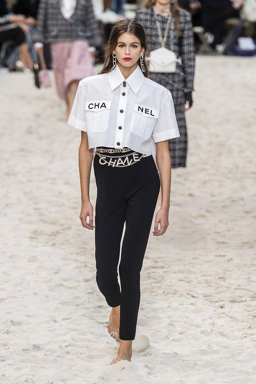 Chiêm ngưỡng những BST nổi bật nhất Tuần lễ thời trang Paris 2019 Ảnh 3