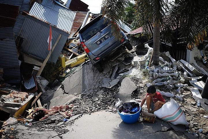 LHQ kêu gọi chung tay giúp đỡ nạn nhân động đất, sóng thần Indonesia Ảnh 1