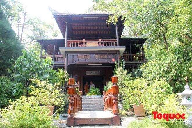 Khám phá ngôi chùa nằm trong lòng núi đẹp như 'tiên cảnh' ở Cố đô Huế Ảnh 5