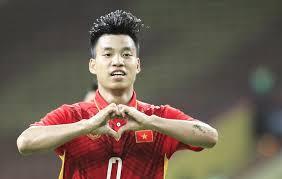 Văn Thanh chia tay AFF Cup, thầy Park lo sốt vó Ảnh 1