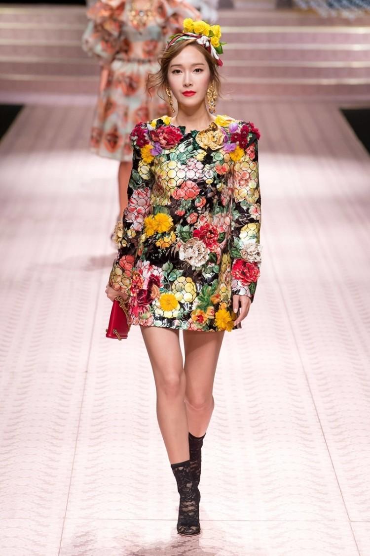 Cuộc đổ bộ đáng tiền của dàn sao Châu Á đình đám tại các tuần lễ thời trang quốc tế Ảnh 8
