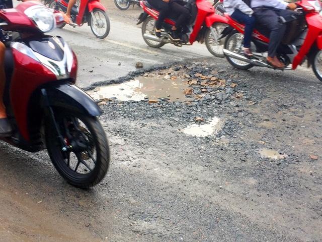 Quốc lộ 30 hư hỏng nghiêm trọng, tai nạn giao thông luôn rình rập Ảnh 7