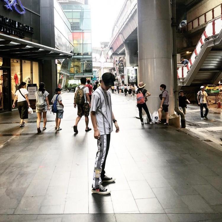 Từ đường phố đến sân khấu biểu diễn, Ali Hoàng Dương đều khiến con tim thiếu nữ run rẩy Ảnh 2