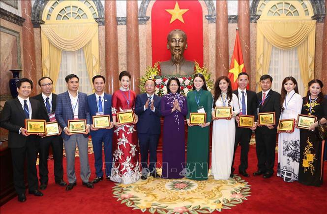 Quyền Chủ tịch nước Đặng Thị Ngọc Thịnh gặp mặt đại biểu doanh nghiệp nhỏ và vừa Ảnh 2