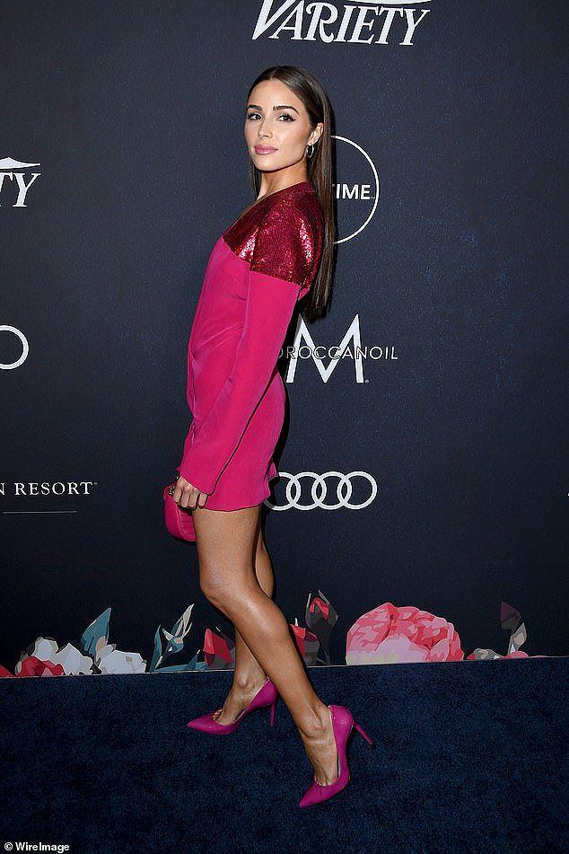 Hoa hậu Hoàn vũ 2012 quá đỗi xinh đẹp gợi cảm Ảnh 6