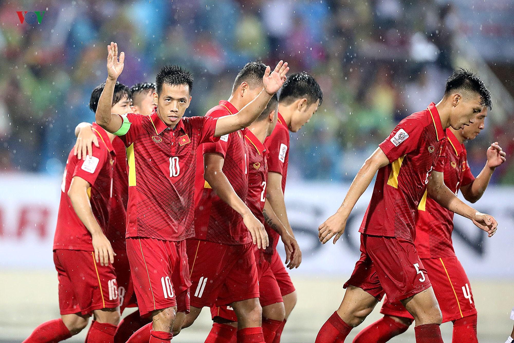 Quang Hải và những quân bài đa năng trong tay thầy Park ở ĐT Việt Nam Ảnh 3
