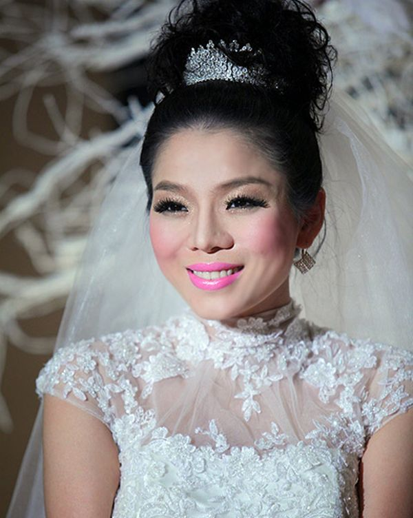 Sao Việt ngày cưới: Giật mình vì sự khác biệt giữa Lan Khuê, Nhã Phương với Jennifer Phạm, Lệ Quyên Ảnh 1
