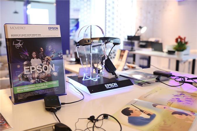 Epson mang kính thông minh Moverio về Việt Nam Ảnh 2