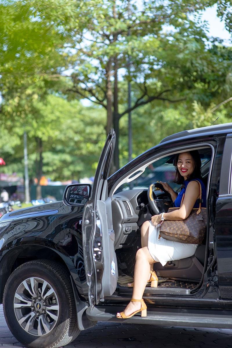 Câu chuyện của những 'bóng hồng' sau vô lăng thích xe SUV và bán tải Ảnh 2