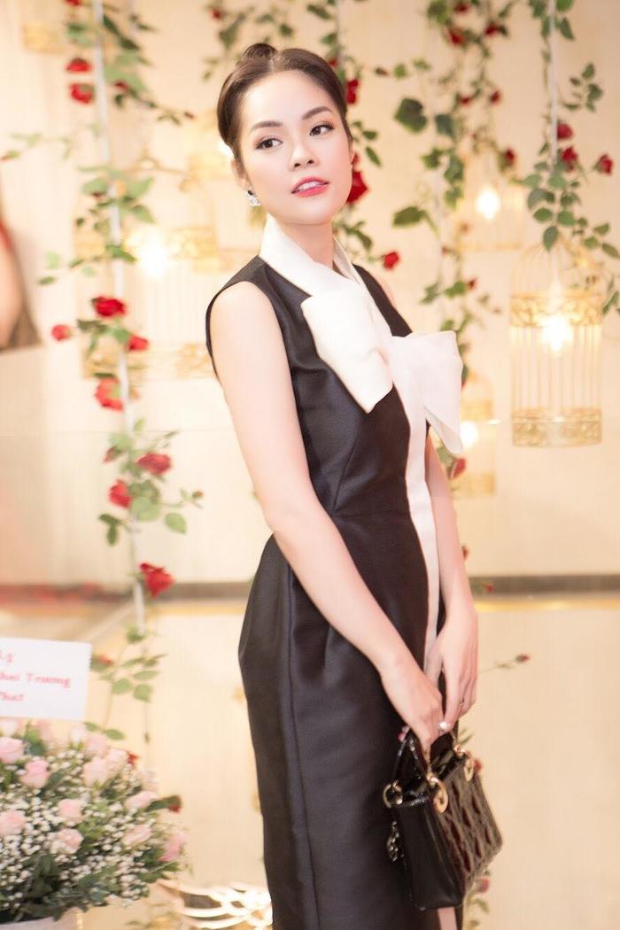 Vừa đăng quang, Á hậu Phương Nga - Hoa hậu Tiểu Vy đã đụng độ chan chát với vô số mỹ nhân Ảnh 13