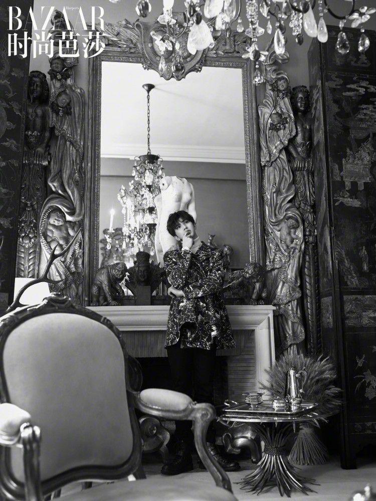 Bộ ảnh độc lạ của 'Hoàng hậu' Châu Tấn và Thái Từ Khôn trên tạp chí BAZAAR Ảnh 12
