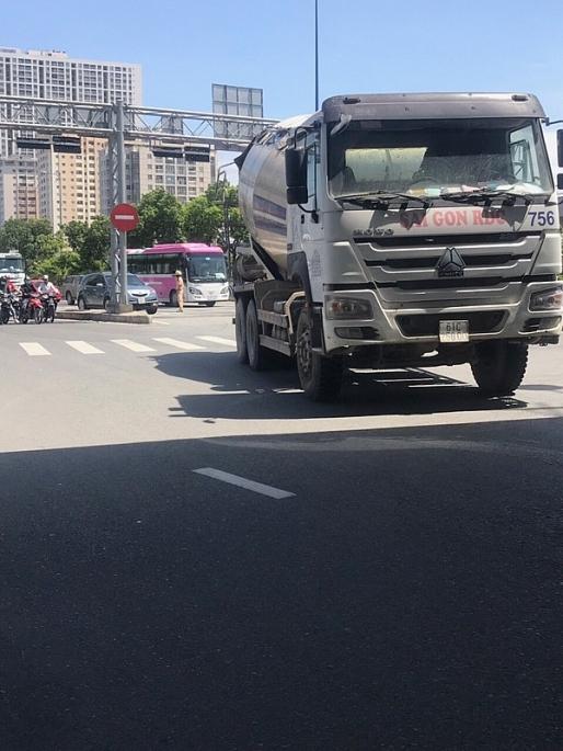 TP.HCM: Các đoàn xe bồn bê tông tiếp tục 'vượt rào'? Ảnh 3