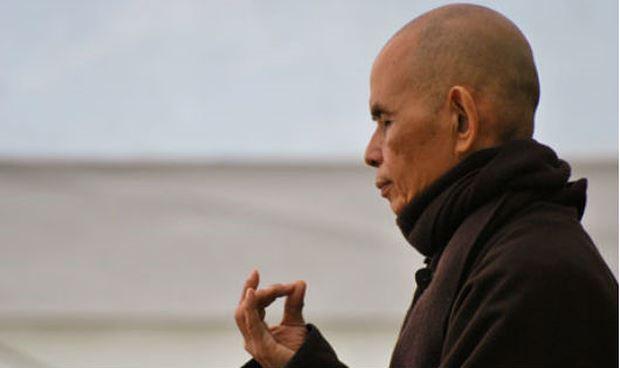 Những câu nói của Thiền sư Thích Nhất Hạnh giúp sống hạnh phúc hơn Ảnh 1