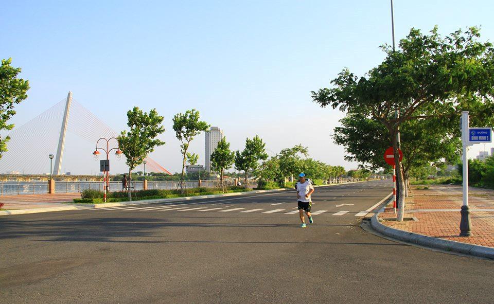 Đà Nẵng muốn có phố đi bộ, chợ đêm gần sông Hàn Ảnh 1