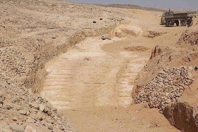 Đã tìm ra cách vận chuyển đá xây Đại kim tự tháp Giza của người Ai Cập Ảnh 1