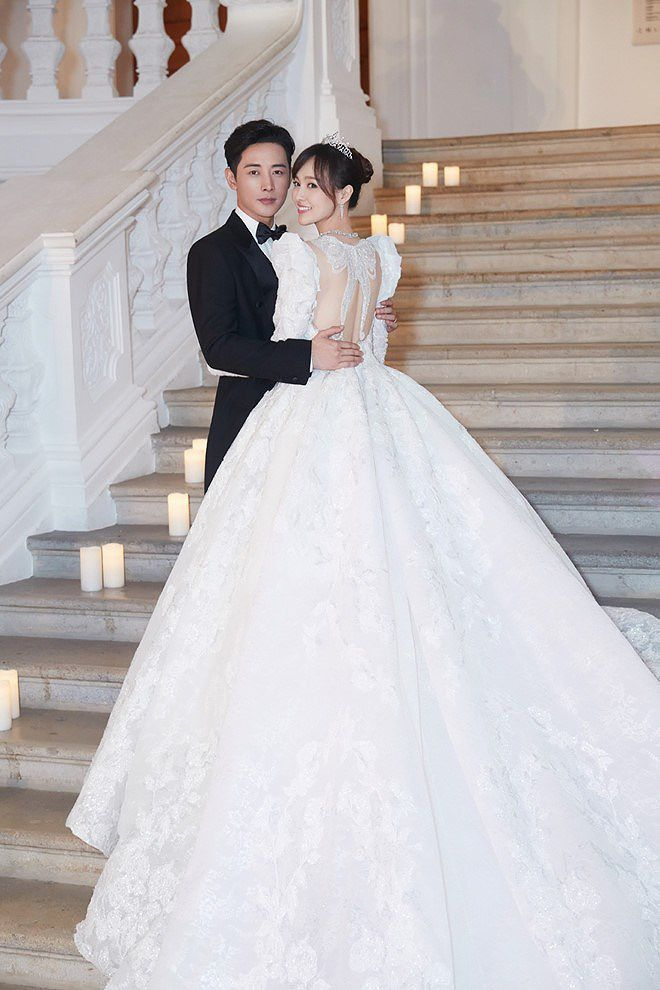 Đường Yên - La Tấn 'khóa môi' ngọt ngào trong đám cưới cổ tích Ảnh 6