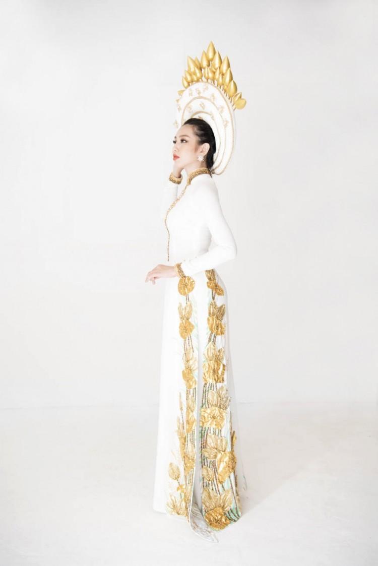 Sau chiến thắng vang dội của Phương Khánh, Thùy Tiên càng được chú ý hơn khi công bố trang phục dân tộc ở Miss International 2018 Ảnh 5