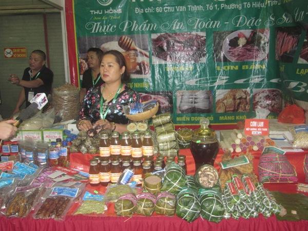 Khai mạc Triển lãm Quốc tế chuyên ngành Thực phẩm và Đồ uống Ảnh 9