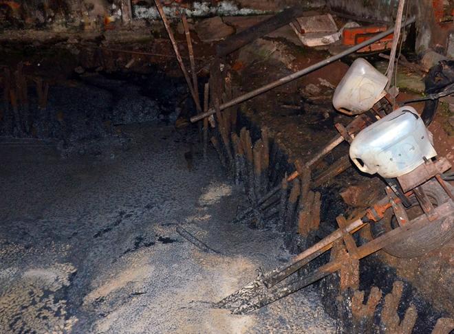 Bắt quả tang cơ sở sản xuất khô xả thải trực tiếp ra môi trường Ảnh 1